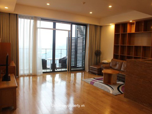 4 bedrooms Indochina Plaza apartment for lease spacious layout