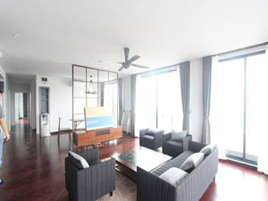 Apartment 3 bedrooms rental in Nghi Tam area near Sheraton Hotel
