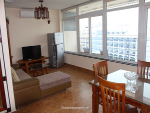 Apartment lake view 1 bedroom on Tu Hoa street