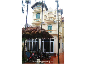 Big garden Villa rental with 5 bedrooms in Westlake Tay Ho