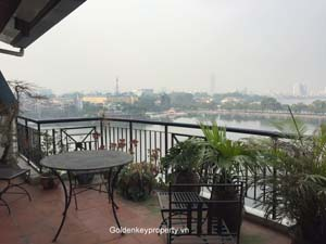 Hanoi Lake view serviced apartment 2 bedrooms in Ba Dinh Dist