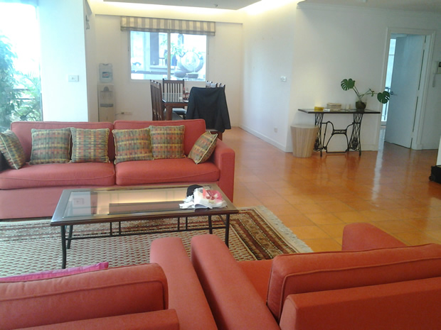 Serviced apartment with view Truc Bach Lake 1