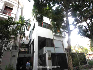Rental furnished villa quiet located in Tay Ho Hanoi