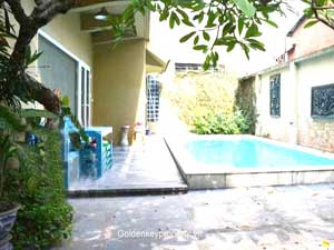 Tay Ho swimming pool villa with 5 bedrooms for rent