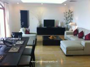 Serviced apartment with view Truc Bach Lake