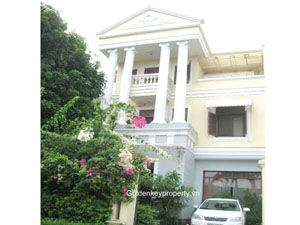 D2 villa in Ciputra for rent with swimming pool and large yard