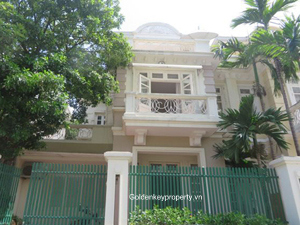 Rental villa 5 bedroom in C2 Ciputra Hanoi, near by E4 building