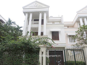 Spacious Ciputra villa in block D2, furnished 5 bedrooms
