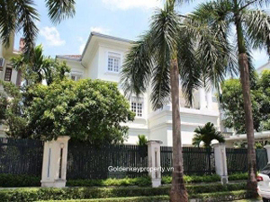 Villa block C7 for rent in Ciputra with pool and large garden