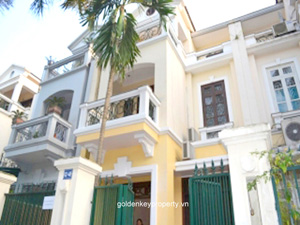 Villa near SIS school in Ciputra Hanoi with 4 furnished bedroom