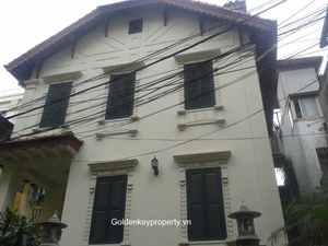 For rent French villa in old quarter Hanoi with yard surrounding