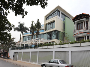 Luxury villa for diplomat available in Tay Ho