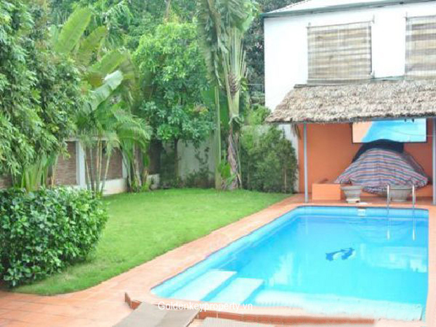 Furnished villa 4 bedroom large garden in tay ho for for Garden pool hanoi