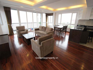 Apartment in Tay Ho, 3 bedrooms view to Westlake