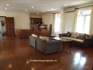 2 bed Apartment in Tong Duy Tan street, nearby Hanoi old quarter