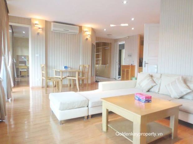 Serviced apartment in Hanoi, Ba Dinh Dist, large balcony, lake view