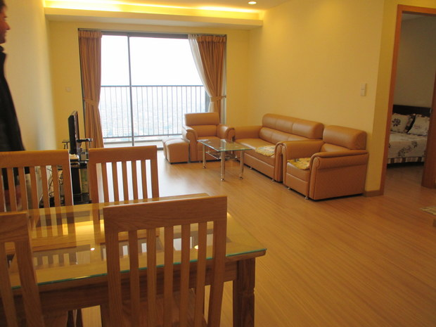 Furnished 2 bedroom 100m2 apartment for rent in Sky City Hanoi