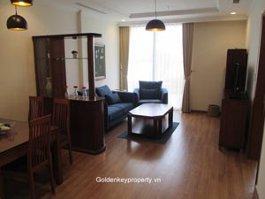 Apartment for lease in Vinhome, large balcony modern equipment