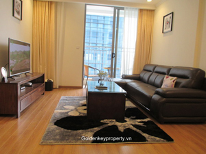 Vinhomes Hanoi, 2 bedrooms apartment for rent offer free service