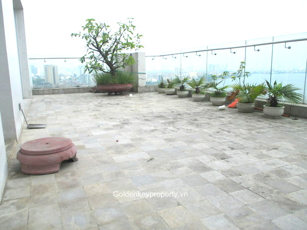 Golden Westlake apartment for rent, large terrace, stunning view