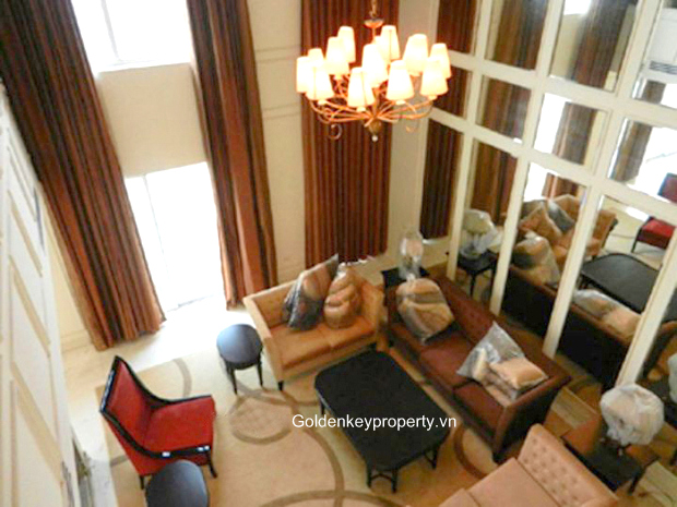 European Style Penthouse for rent with view cross the Westlake
