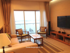 2 beds apartment with lake view to rent in Golden Westlake