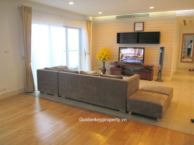 Golden Westlake, 2 bedrooms apartment rental with lake view