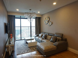 Luxury apartment for lease in Hoang Thanh Tower Hanoi