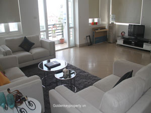 Spacious 1 bedroom apartment for rent in Ha Hoi street