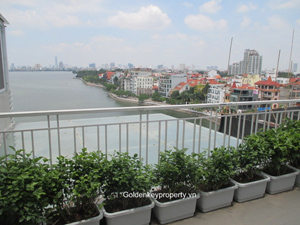 Lake view, Serviced Apartment in Xuan Dieu St, Tay Ho Hanoi