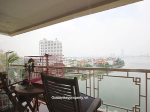 Lakeside Garden in Tay Ho, Serviced Apartment 3 beds for Rent
