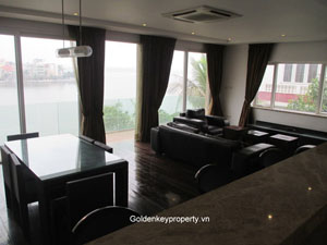 Lake view serviced apartment for rent on Quang An, Tay Ho