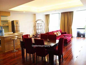 Lake view serviced apartment on Xuan Dieu street, Tay Ho