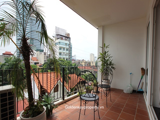 Apartment in Truc Bach Hanoi for rent, 2 bedroom, furnished