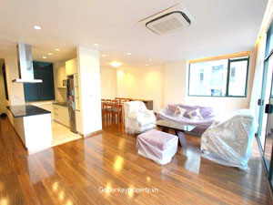 Spacious apartment 3 bedrooms for rent on Nam Trang street