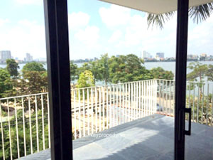 Serviced apartment in Tay Ho Hanoi, huge balcony Westlake view