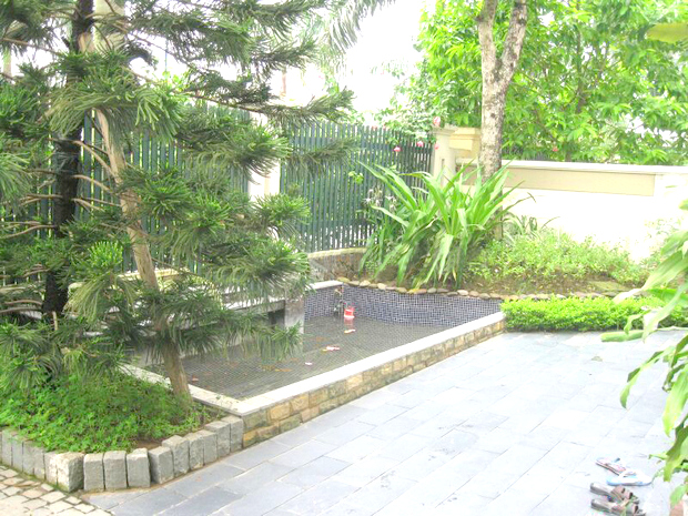 Spacious house for rent in C7 Ciputra, Hanoi, large courtyard