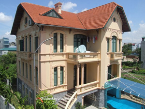 3 floor house with swimming pool in Hai Ba Trung District Hanoi